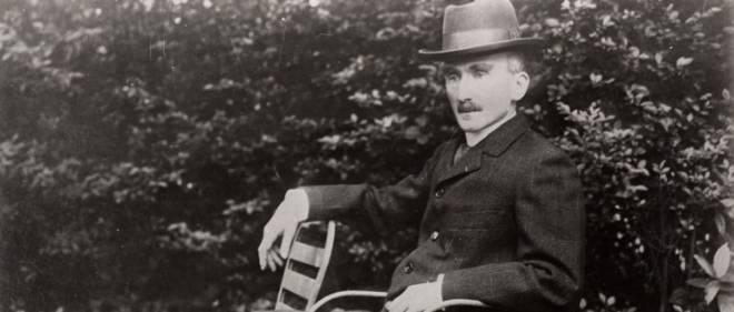 """""""La lutte engagee contre l'Allemagne est la lutte meme de la civilisation contre la barbarie"""", lancait, le 8 aout 1914 devant des academiciens, le philosophe francais Henri Bergson."""