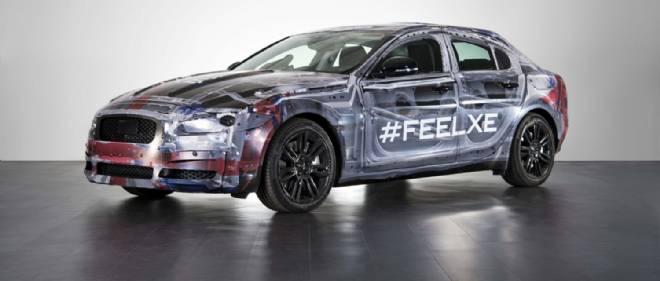 """Avec son architecture de propulsion, sa caisse en aluminium et sa nouvelle famille de moteurs, la Jaguar XE ambitionne de devenir la meilleure berline familiale """"premium""""."""