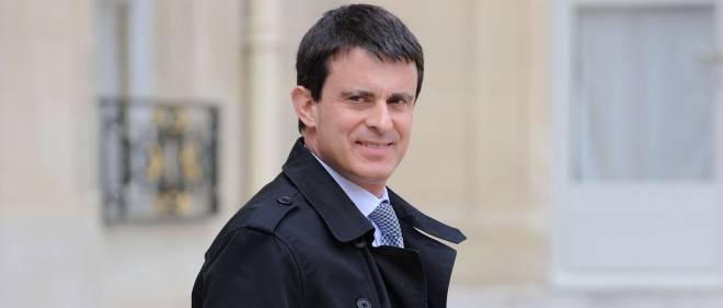 """Selon Manuel Valls, """"L'Insoutenable Légèreté de l'être"""" met en scène """"un des plus beaux trios de la littérature"""", photo d'illustration."""