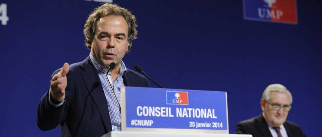 L'actuel secrétaire général de l'UMP Luc Chatel a-t-il favorisé, sous Sarkozy, un des clients de son cabinet de conseil comme prestataire auprès des ministères ?