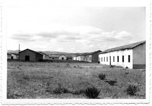 Les baraques du camp de Saliers ©  DR
