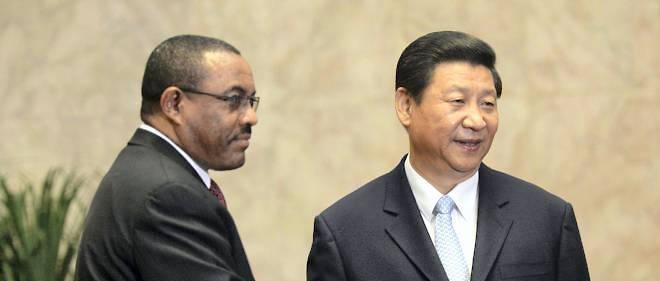 Le Premier ministre éthiopien, Hailemariam Desalegn,  avec le président chinois, Xi Jinping, au Palais du peuple de Pékin en juin 2013.