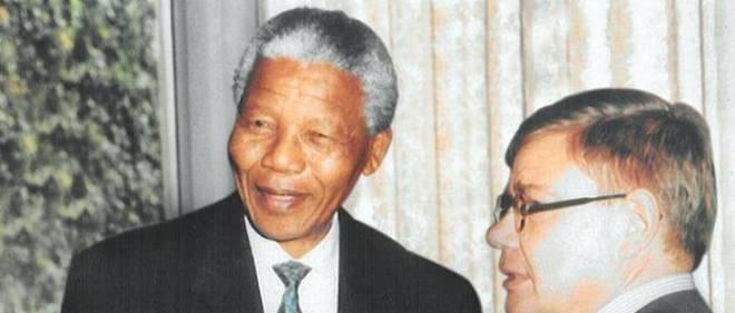 Jean-Yves Ollivier en compagnie de Nelson Mandela.