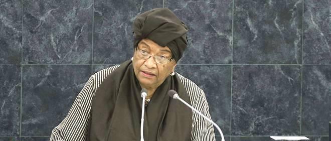 Ellen Johnson Sirleaf, présidente du Liberia, intervient à la tribune des Nations unies. Elle est la première femme africaine à être chef de l'État.