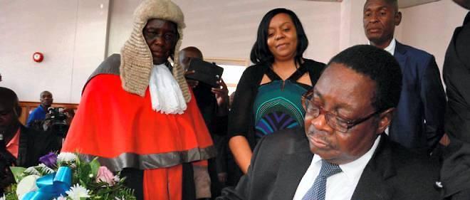 Le président Peter Mutharika au moment de son investiture à la Cour Suprême de Blantyre, au Malawi, le 31 mai 2014.