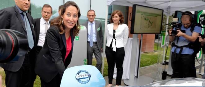 Parmi les nombreuses mesures en place dans le projet de loi sur la transition énergétique, la ministre veut installer 7 millions de bornes de recharge dans les rues, les parkings et les foyers français.