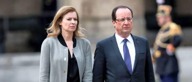 """En publiant """"Merci pour ce moment"""", Valérie Trierweiler s'attaque à la fonction même du président."""