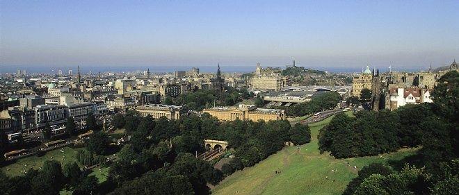 La ville d'Édimbourg, en Écosse.