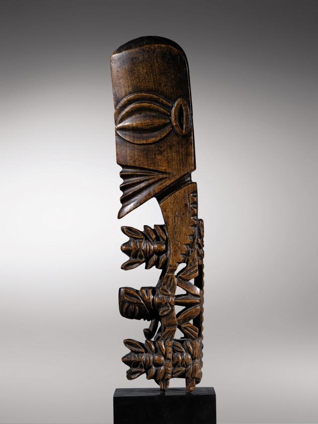 "Tête de "" Dieu bâton "", atua rakau, Rarotonga, îles Cook © Art Digital Studio / Sotheby's France"