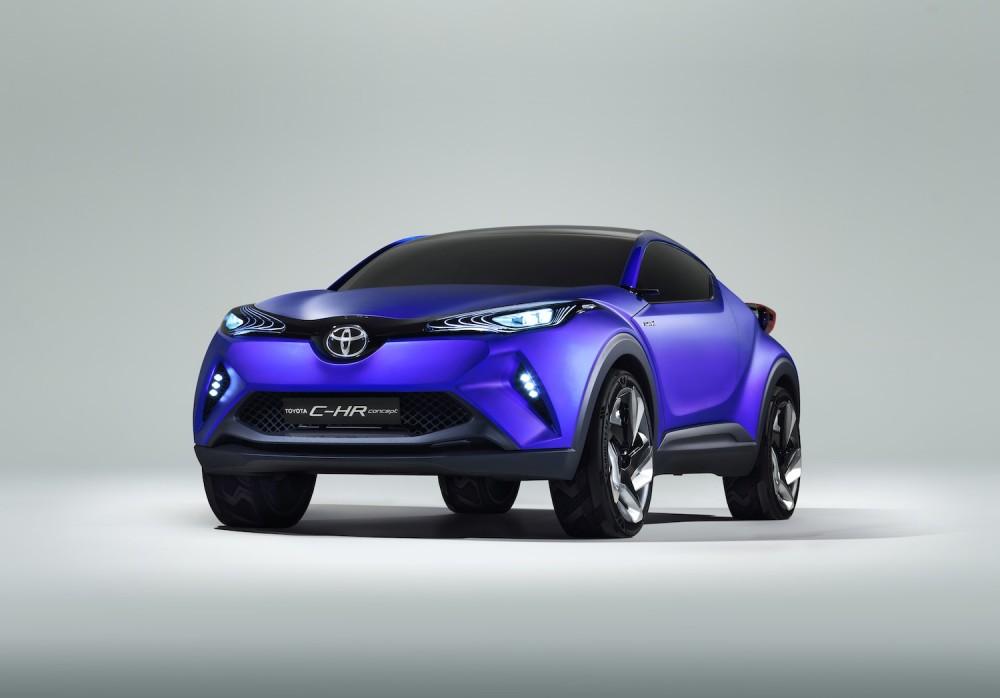 Avec un toit plus haut, et des ailes moins renflées, on peut imaginer le futur RAV-4 ©  Toyota