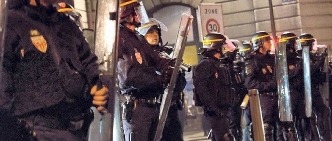 Des CRS lors de violences à Lyon, en juin dernier.