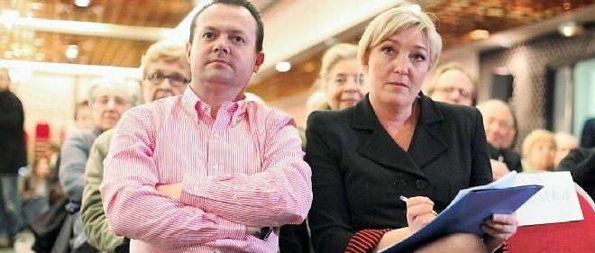 Marine Le Pen aux côtés de Bruno Bilde, secrétaire général de l'Iforel, l'institut de formation du Front national.
