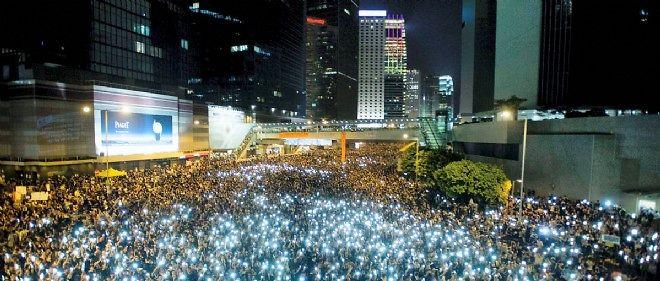 Les manifestants étaient encore nombreux ce mardi 30 septembre à Hong Kong.