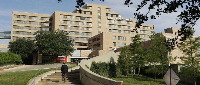 L'hôpital de Dallas où le patient infecté est placé en quarantaine.