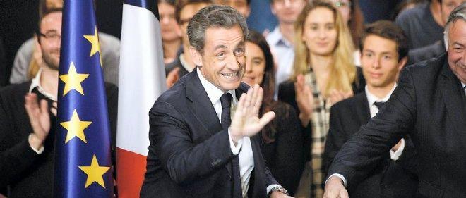 Nicolas Sarkozy lundi soir à Vélizy-Villacoublay.