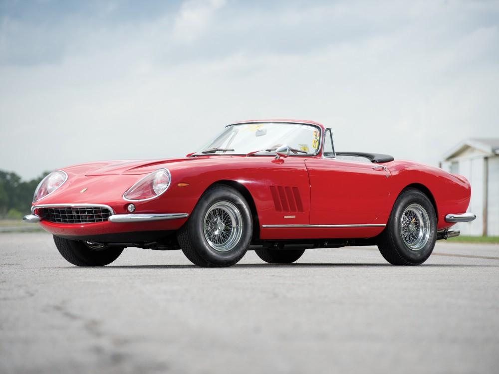 C'est Scaglietti qui, en 1967, s'était chargé d'ouvrir la 275 GTB pour une série limitée voulue par Luigi Chinetti ©  DR