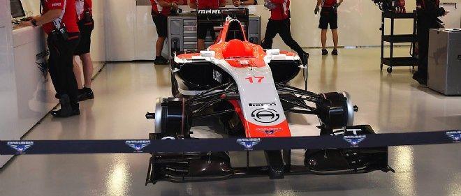 """La monoplace de Jules Bianchi, au GP de Russie. La FIA a expliqué que les tracteurs pour évacuer les Formule 1 seront désormais utilisés """"avec une prudence extrême""""."""