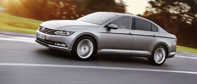 """La nouvelle Passat profite des dernières technologies du groupe VW pour attirer une partie de la clientèle des constructeurs """"premium""""."""