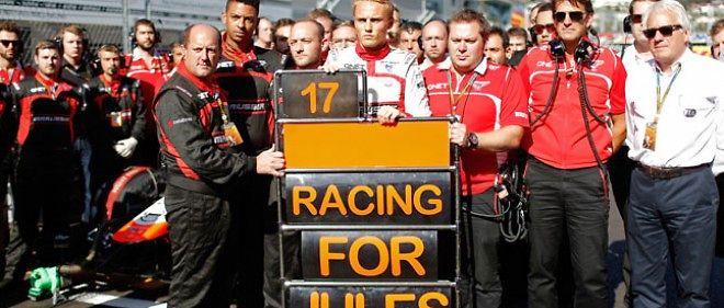 L'hommage de l'écurie F1 Marussia à son pilote Jules Bianchi, le 12 octobre 2014, lors du Grand Prix de Sotchi (Russie).