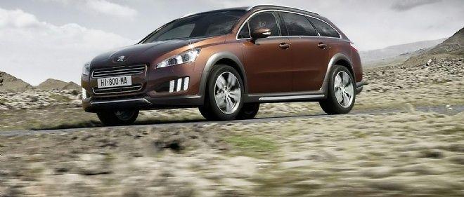 voitures neuves : les français pensent à l'hybride, pas à l