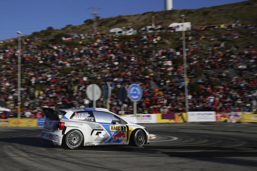 Les Catalans étaient nombreux pour voir les champions du WRC à l'oeuvre ©  Volkswagen