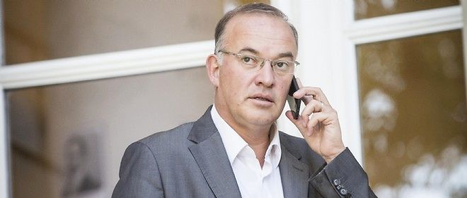 Hugues Fourage, porte-parole du groupe PS à l'Assemblée.