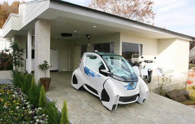 Les Japonais, ici Honda, poussent très fort sur de ssolutions électriques mais déploient aussi des réseaux de recharge conséquents ©  Honda