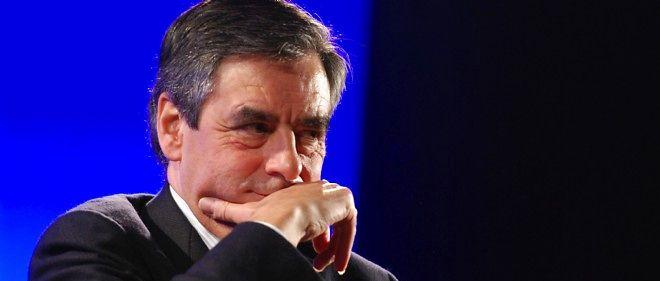 """""""Tout le monde s'acharne sur Fillon et lui colle des qualificatifs infamants, mais quand on réclame les preuves, il n'y a plus personne"""", s'étonne un proche de l'ex-Premier ministre."""