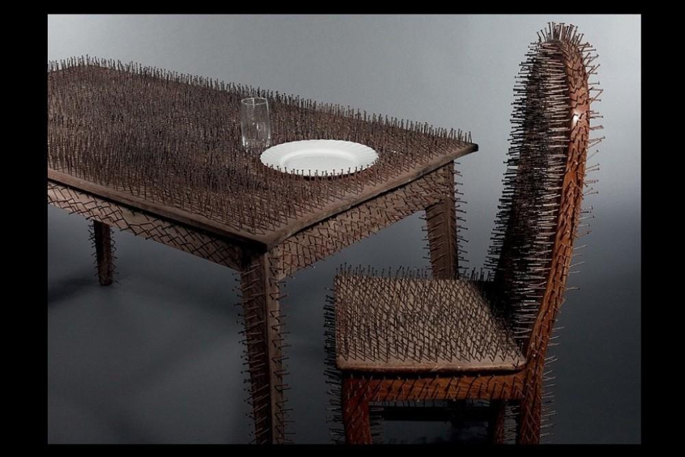 """Le dîner des fantômes"" (2012) de Julien Vignikin"