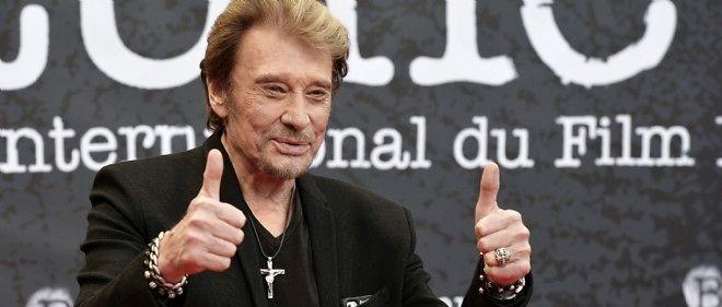 À 71 ans, Johnny Hallyday signe son 49e album.