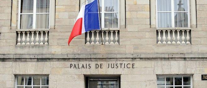 Deux anciens médecins de l'hôpital et le radiophysicien comparaissent jusqu'au 12 décembre devant la cour d'appel de Paris.