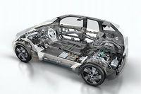 Pour leurs nouveaux modèles, les constructeurs ont recours à l'aluminium ou aux matériaux composites; ©DR