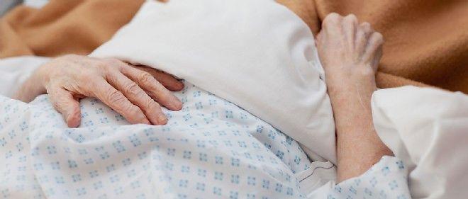 A L Hopital Un Octogenaire Tue Son Epouse Malade Puis Se Suicide