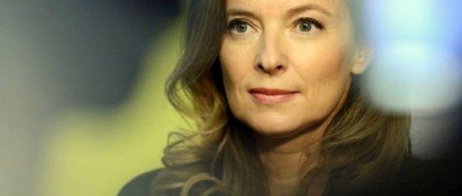 """Le livre de Valérie Trierweiler est """"pénible à lire"""", selon """"The Guardian""""."""