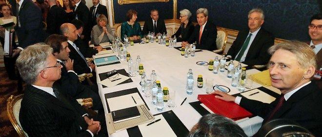 À Vienne, les négociations sur le nucléaire iranien s'apprêtent à être prolongées, après cinq jours d'âpres débats.