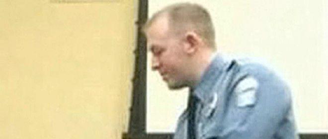 Darren Wilson a expliqué que le 9 août il avait eu peur d'être tué, avant d'utiliser pour la première fois son arme et de tirer 12 balles en direction de Michael Brown.