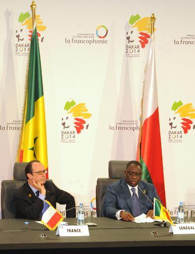 Les présidents français et sénégalais François Hollande et Macky Sall au sommet de la Francophonie à Dakar le 30 novembre 2014 © Moussa Sow AFP/Archives