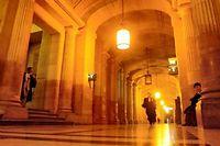 Dans les couloirs du palais de justice de Paris (illutration). (C)JOEL ROBINE