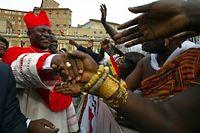 Le cardinal Peter Turkson Appiah Kodwao du Ghana, place Saint Pierre à Rome au Vatican le 21 Octobre 2003. ©Patrick Hertzog