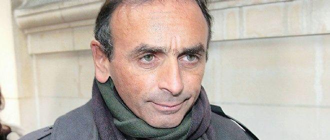 """Éric Zemmour estime qu'être Français c'est """"manger du fromage, draguer les filles, et aimer l'histoire de France."""""""