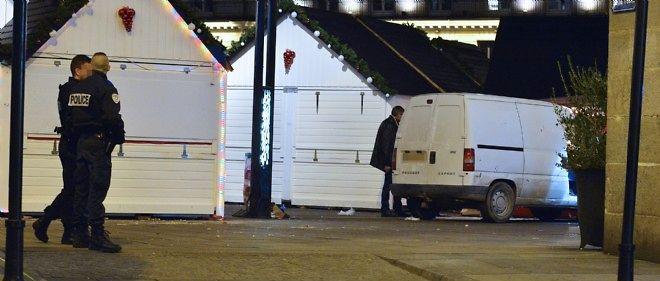 Le conducteur d'une camionnette a foncé dans la foule, blessant dix personnes, à Nantes.