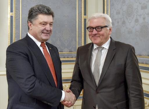 Le président ukrainien Petro Porochenko et le ministre allemand des Affaires étrangères le 19 décembre 2014 à Kiev © Mykoa Lazarenko Présidence ukrainienne/AFP/Archives