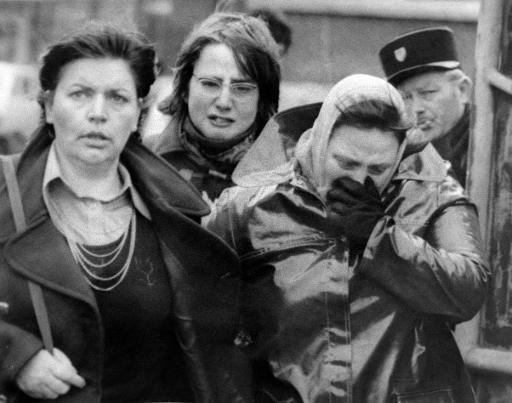 Les proches des mineurs le 27 décembre 1974 à Liévin ©  AFP/Archives