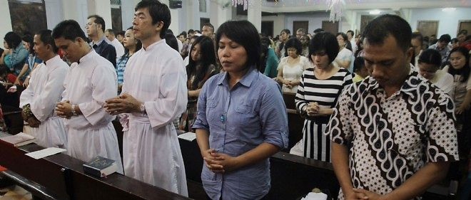 Des prières ont été récitées en Indonésie pour les victimes du tsunami de 2004.
