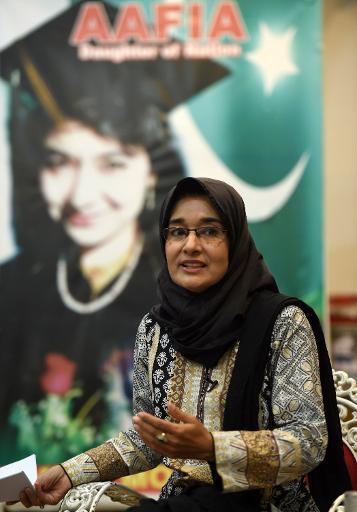 Fowzia Siddiqui, la soeur d'Aafia Siddiqui, le 12 novembre 2014 à Karachi © Asif Hassan AFP