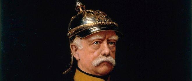 Otto von Bismarcq, Premier ministre de Prusse, rêve d'une suprématie allemande sur l'Europe.