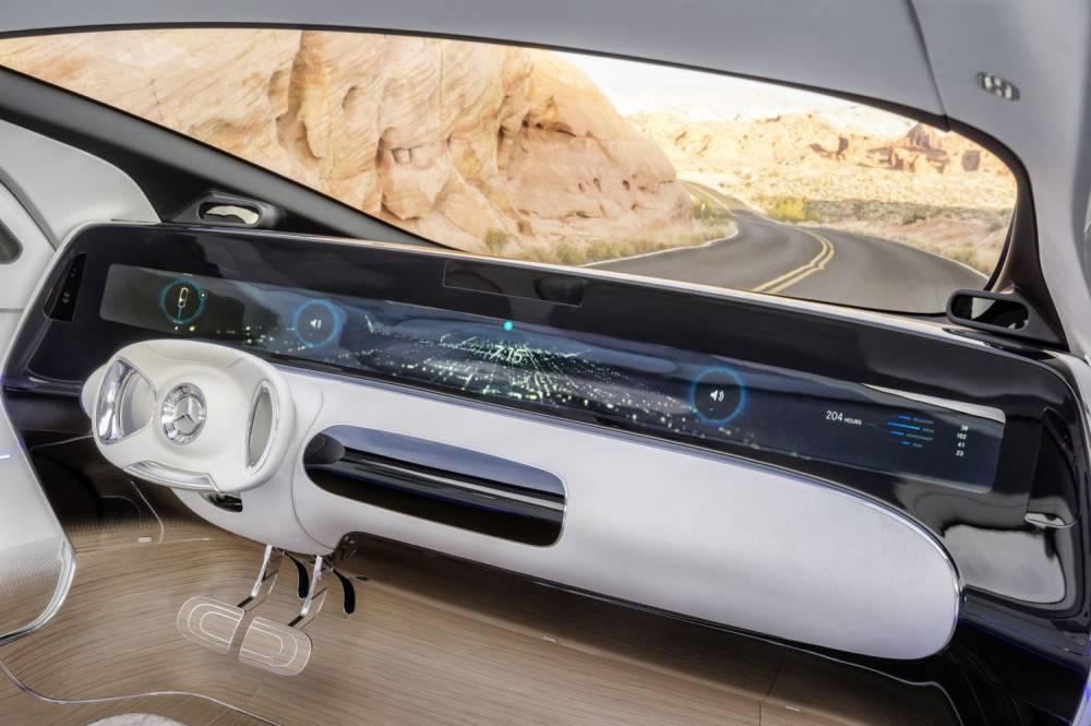 Et oui, c'est bien le tableau de bord ©  Daimler