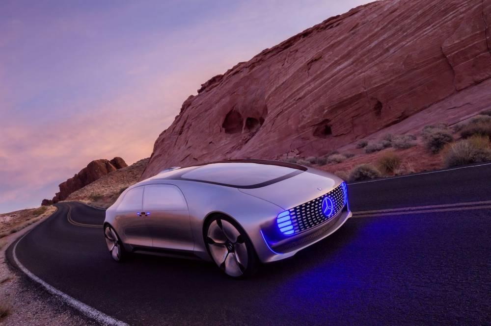 Ce n'est pas un OVNI...mais presque ©  Daimler