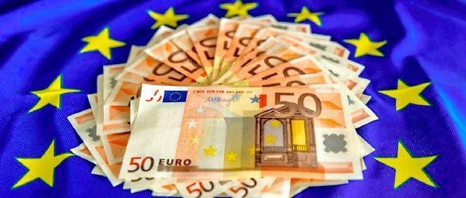 La BCE pourrait décider de racheter des dettes publiques des États membres de la zone euro au cours du premier trimestre 2015.