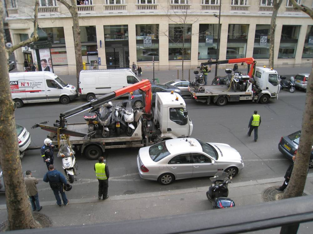 """Les opérations """"coup de poing"""", come ici Boulevard Haussmann, visent egalement les deux roues ©  DR"""